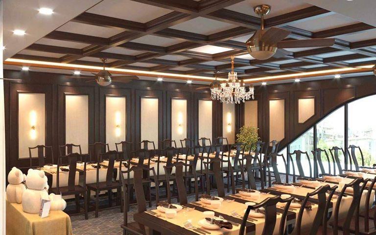 Cải tạo nhà bằng tấm ốp: Không gian phòng ăn lớn, tổ chức tiệc